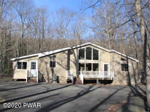 128 Portage Ln, Lords Valley, PA 18428