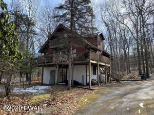 173 White Tail Cir, Hawley, PA 18428