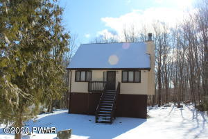 226 Fairway Dr, Lake Ariel, PA 18436