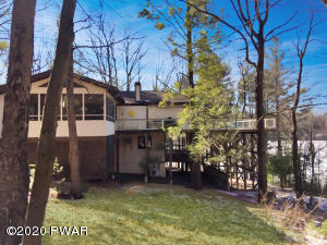 807 Paddle Ct, Lords Valley, PA 18428