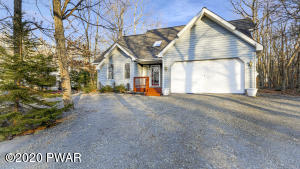 327 Surrey Dr, Lords Valley, PA 18438