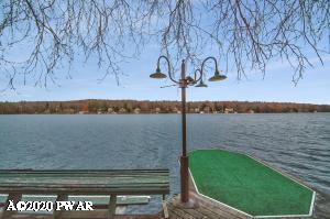 136 Shore Dr, Lake Ariel, PA 18436