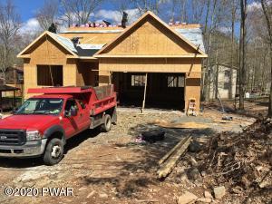 1021 Deer Valley Rd, Lake Ariel, PA 18436