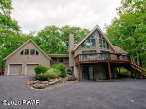 127 Roan Dr, Lords Valley, PA 18428