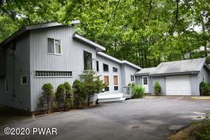 139 Rodeo Drive, Lords Valley, PA 18428
