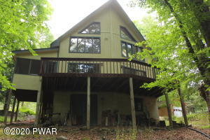 3 Highpoint Ct, Lake Ariel, PA 18436