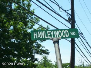 13 1st Rd, Hawley, PA 18428