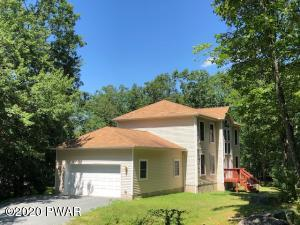 100 Roan Dr, Lords Valley, PA 18428