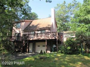 126 Hillside Dr, Lords Valley, PA 18428