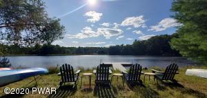 132 Lake Shore Dr, Dingmans Ferry, PA 18328