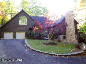 147 Evergreen Dr, Greentown, PA 18426