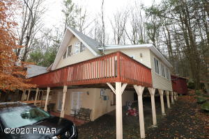 30 Roamingwood Rd, Lake Ariel, PA 18436