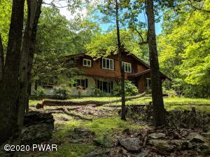 501 Forest Dr, Lords Valley, PA 18428