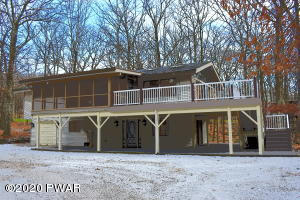 107 Fairway Drive, Lords Valley, PA 18428