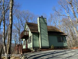 104 Longspur Ln, Lords Valley, PA 18428