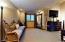 Master Bedroom Suite (1) - Sitting Area