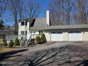 104 Pinto Lane, Lords Valley, PA 18428