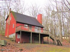 802 Basswood Ct, Lords Valley, PA 18428