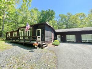 210 Crane Rd, Lakeville, PA 18438