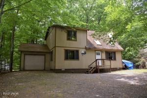 1142 Lakeland Dr, Lake Ariel, PA 18436