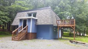 255 Forest Ridge Dr, Hawley, PA 18428