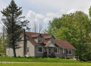 21 Kiddy Ln, Honesdale, PA 18431