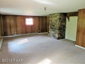 290 Roemerville Rd, Greentown, PA 18426