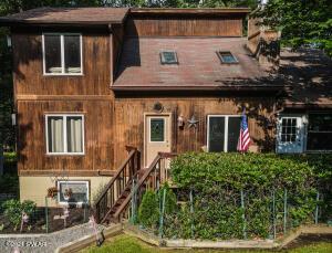 1024 Tomahawk Rd, Lake Ariel, PA 18436