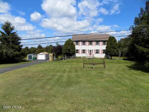 269 Roemerville Rd, Greentown, PA 18426