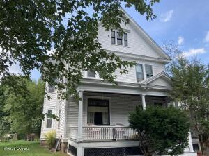 1720 East St, Honesdale, PA 18431