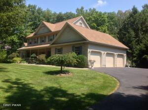 430 Rodeo Dr, Kunkletown, PA 18058