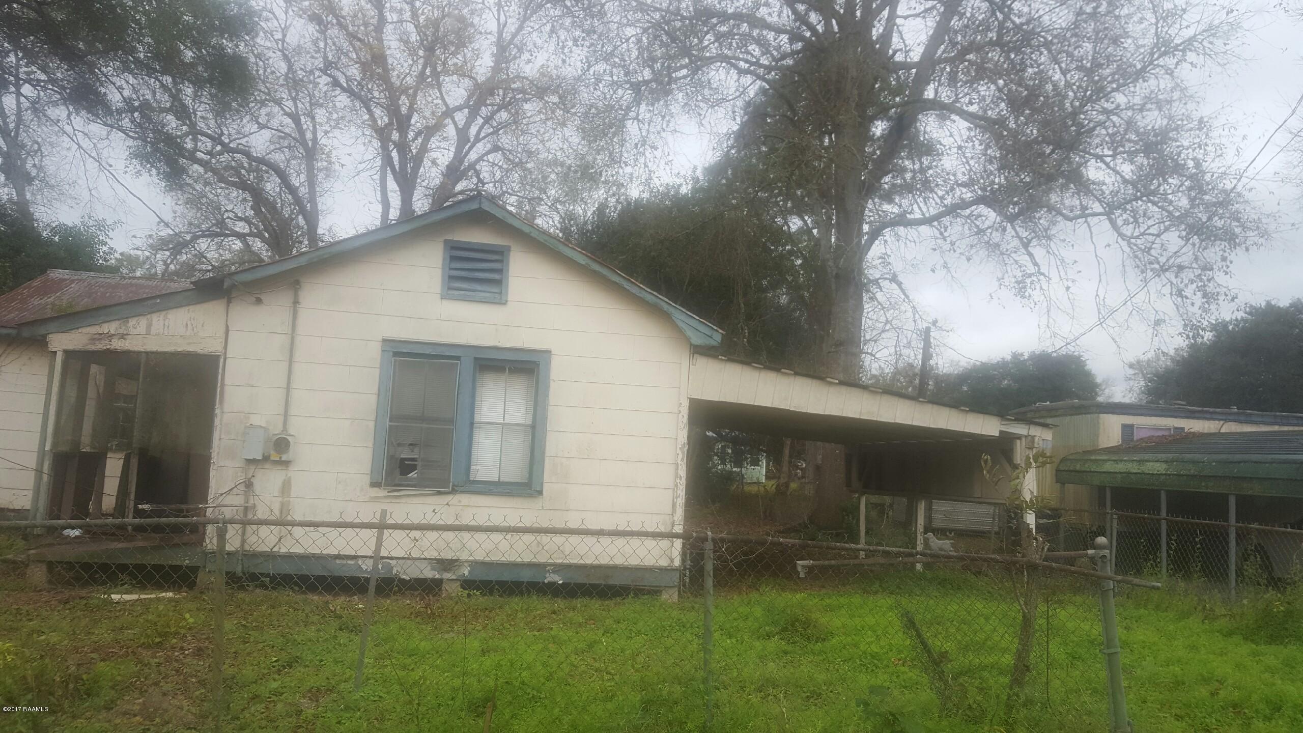 706 Hubertville Road, Jeanerette, LA 70544 Photo #1
