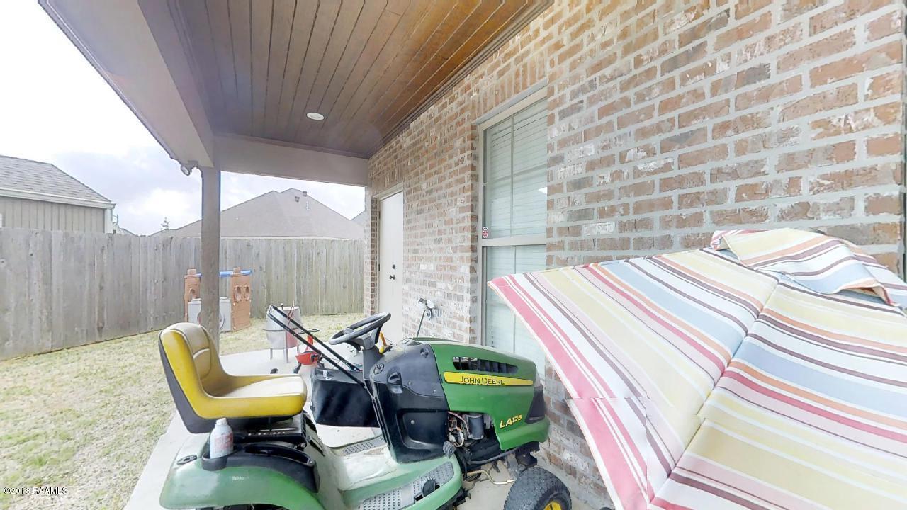 104 Majestic Oak Drive, Broussard, LA 70518 - Guidry & Company Real ...