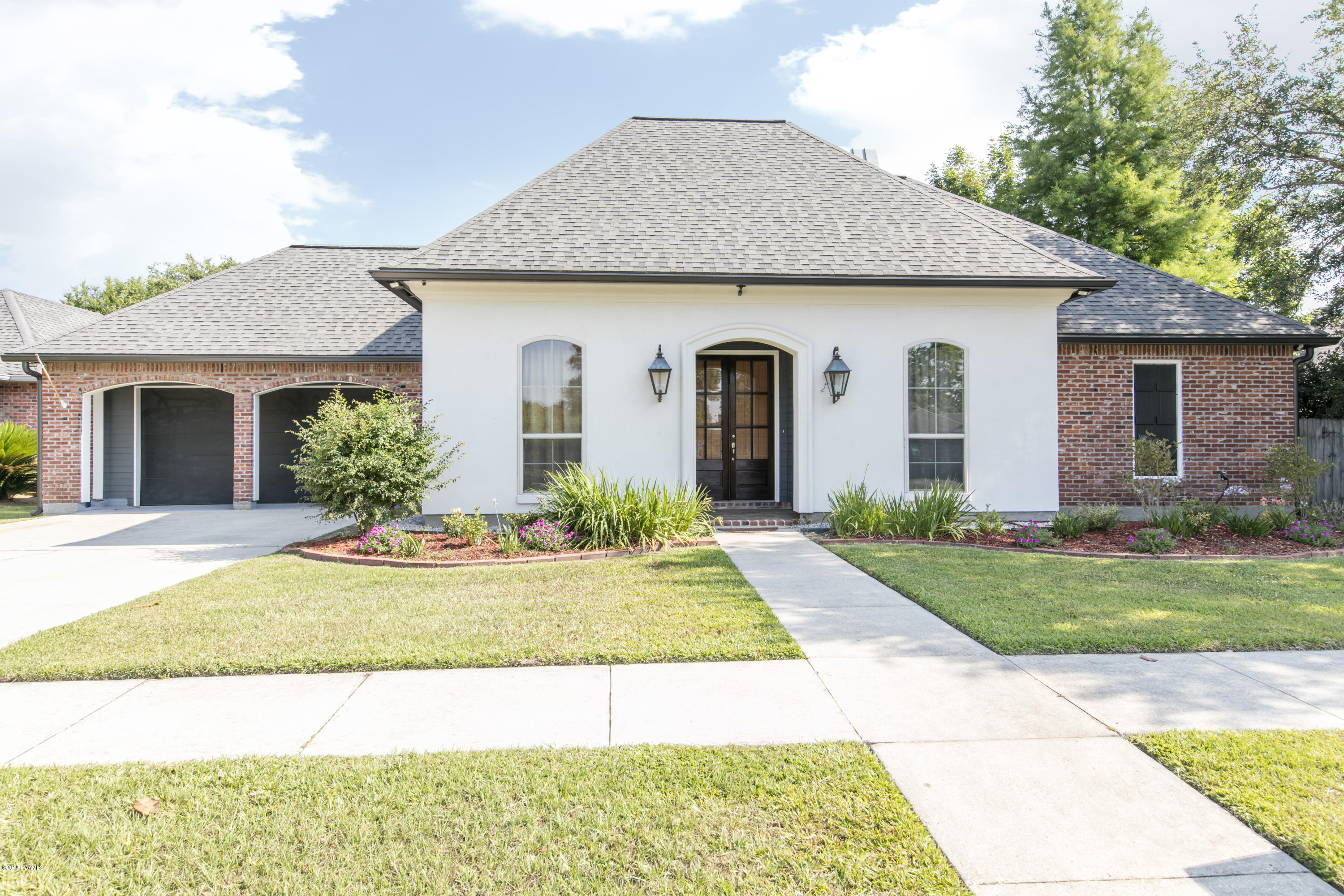 149 Cypress Cove, Youngsville, LA 70592