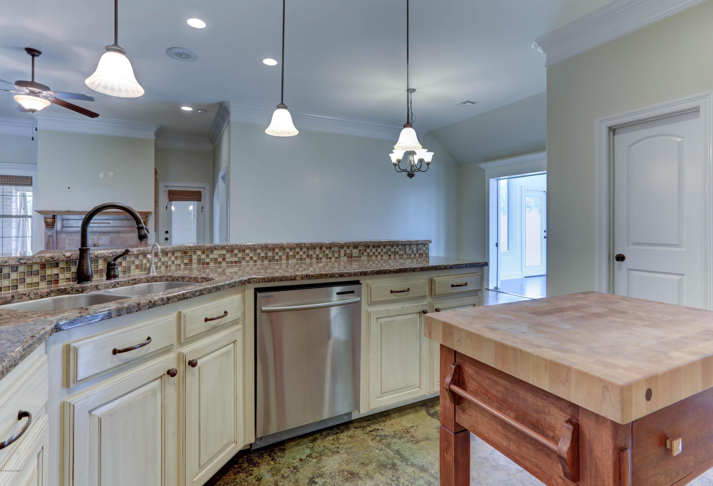222 Bentgrass Drive, Lafayette, LA 70508 - Guidry & Company Real Estate