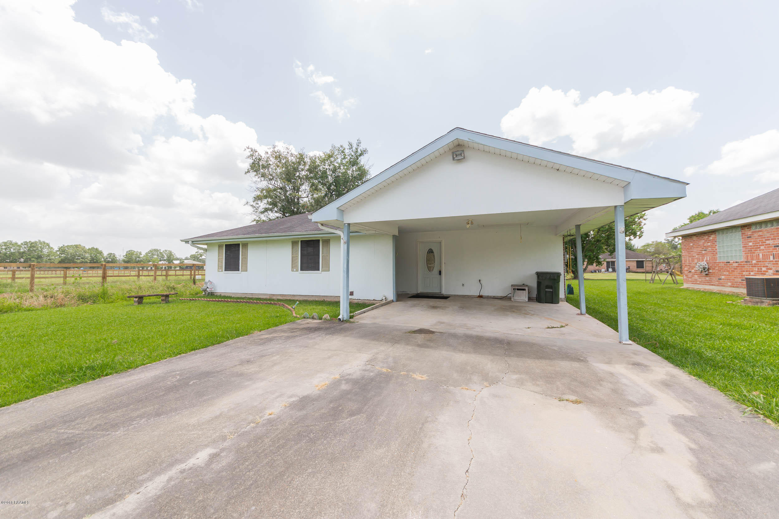 126 Bermuda Circle, Scott, LA 70583 Photo #2