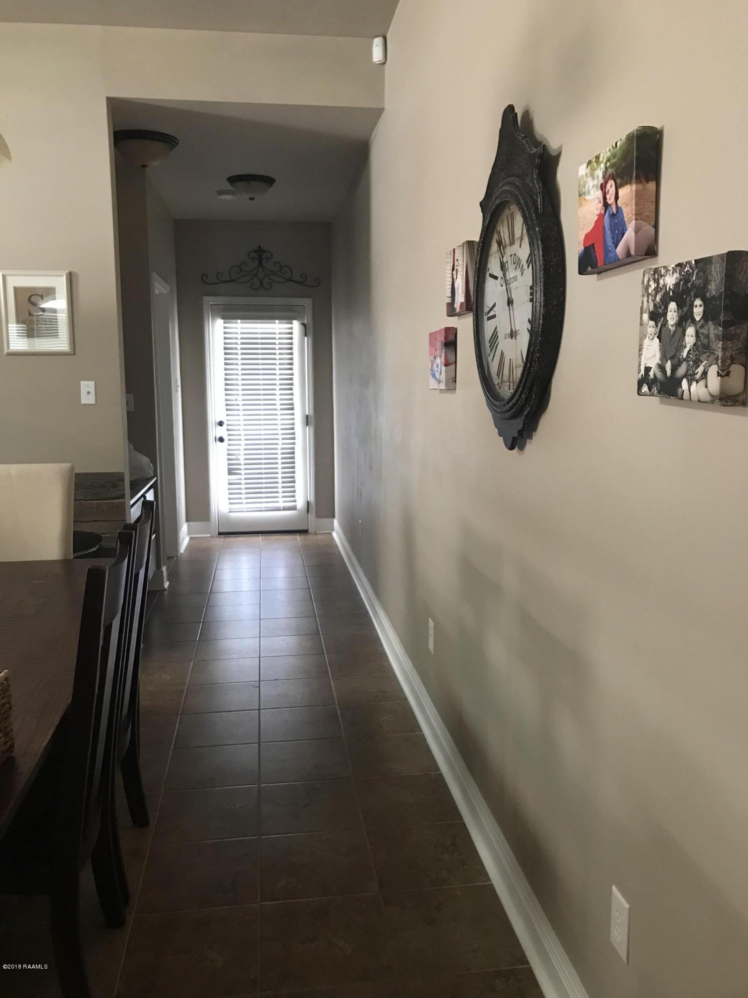 307 Clay Ridge Drive, Youngsville, LA 70592 Photo #2