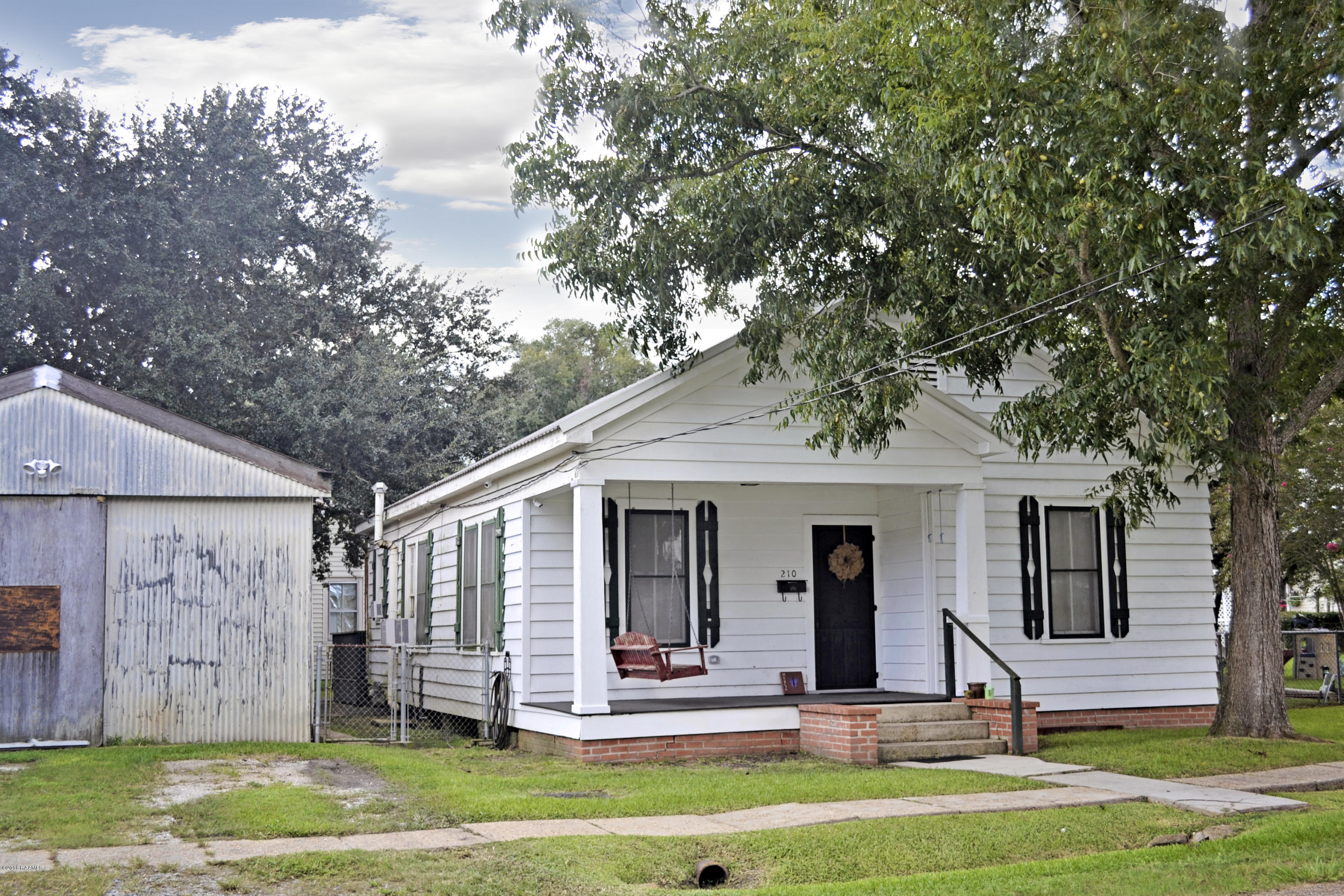 210 Louisiana Street, Jeanerette, LA 70544 Photo #1