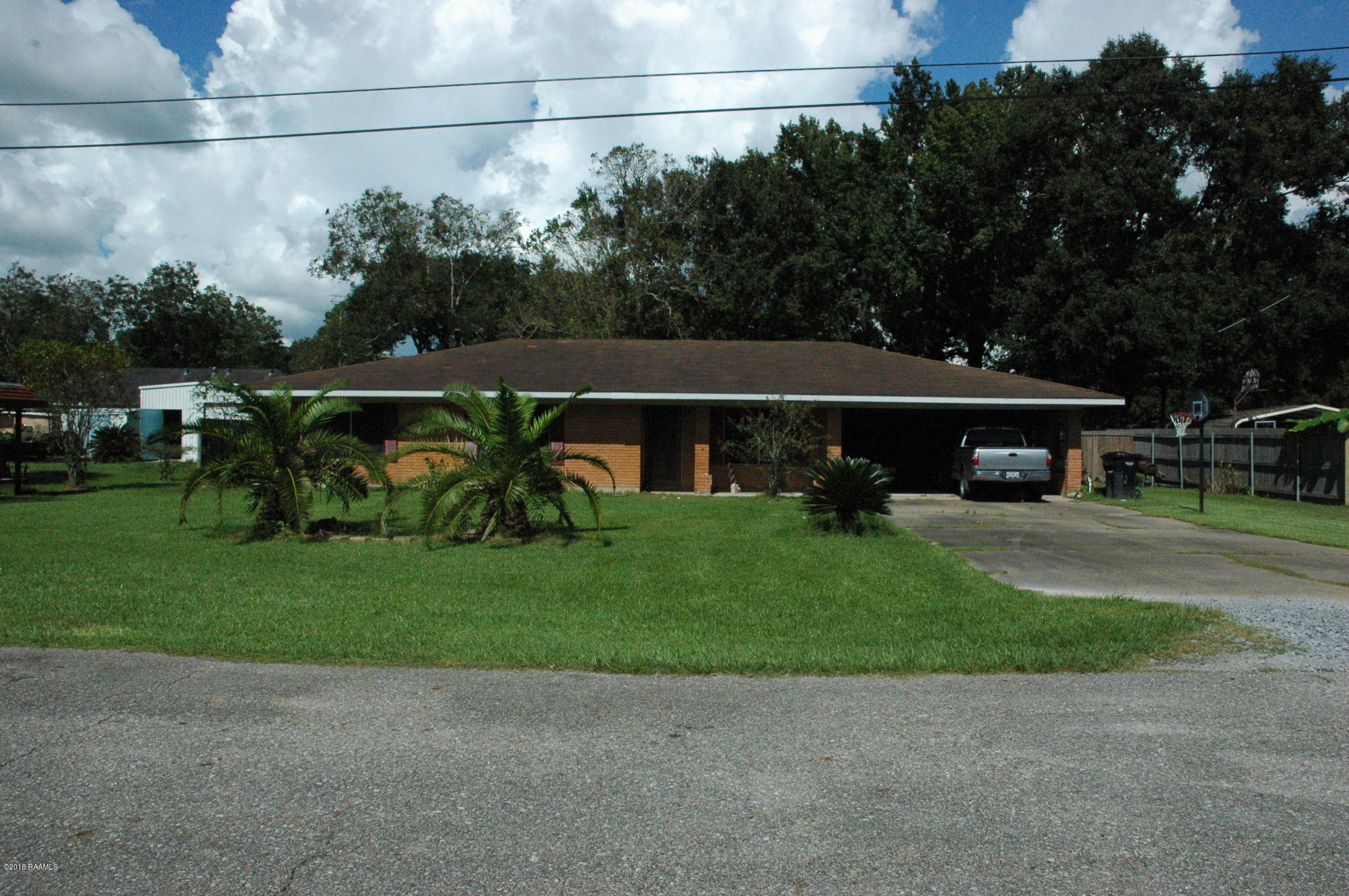 318 Celeste Street, Abbeville, LA 70510 Photo #2