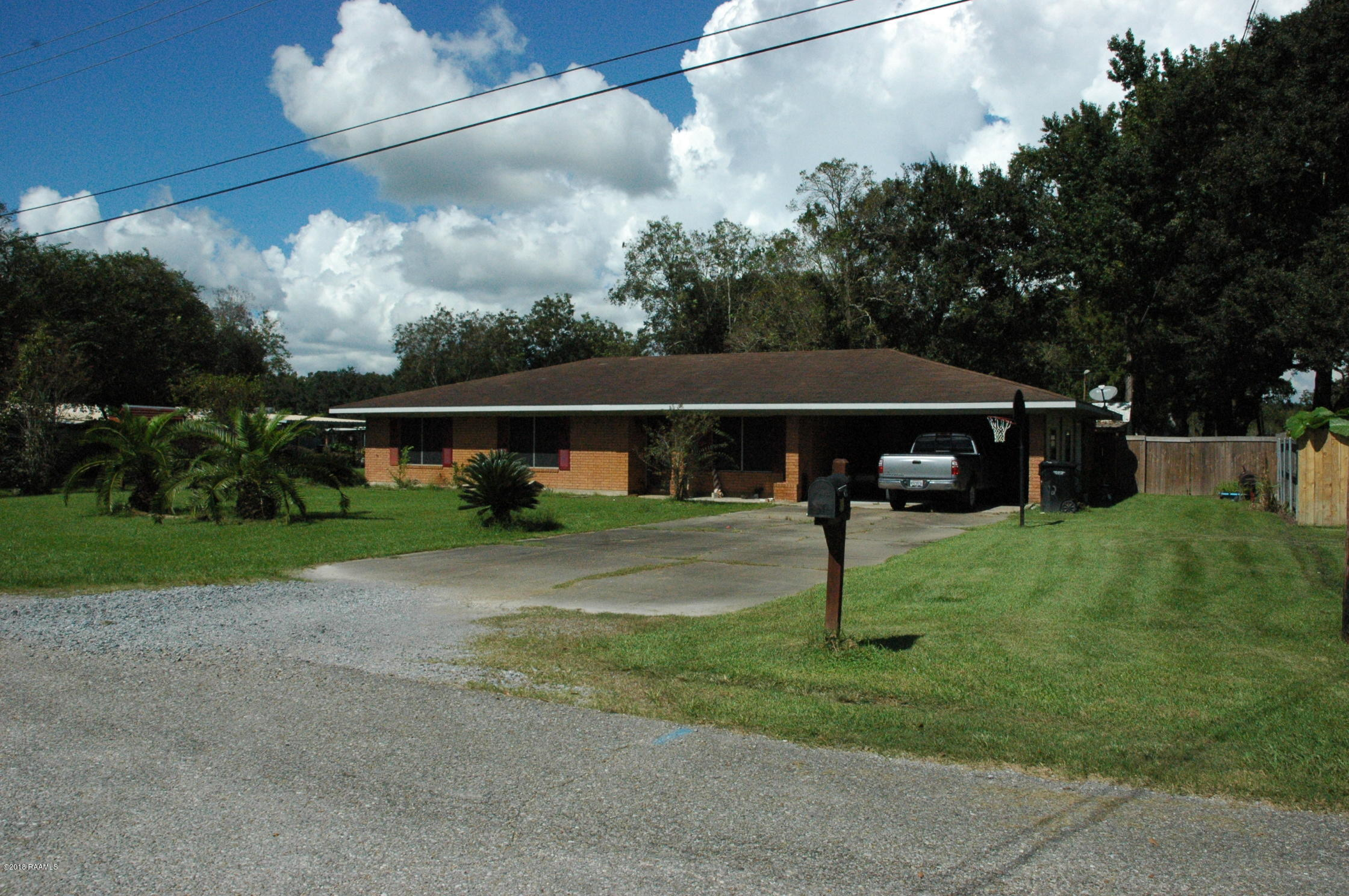 318 Celeste Street, Abbeville, LA 70510 Photo #3