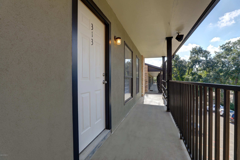 701 College Road S, Lafayette, LA 70503 Photo #2