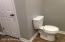 2nd pic of hall bathroom