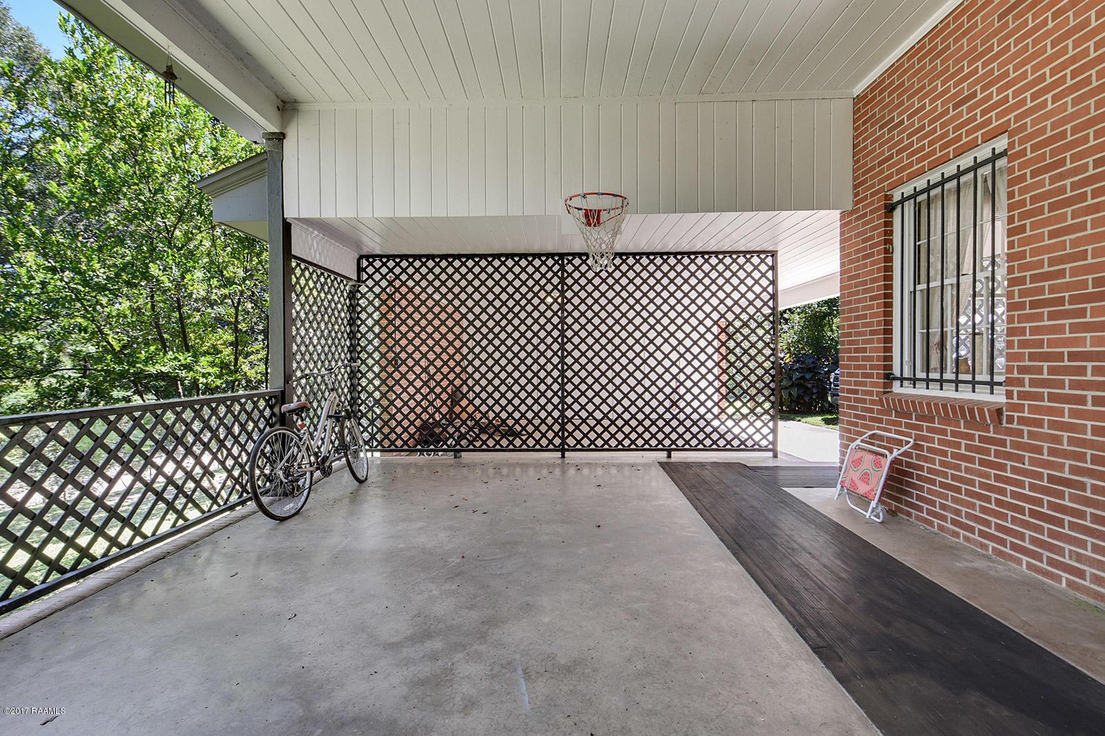 145 Girard Woods Drive, Lafayette, LA 70503 Photo #22