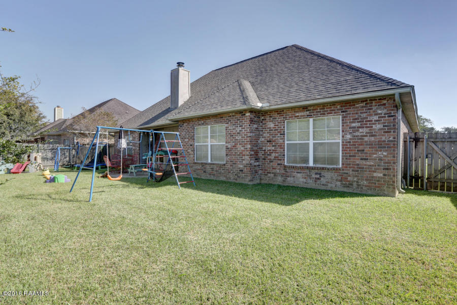 105 Gravenhage Circle, Youngsville, LA 70592 Photo #31