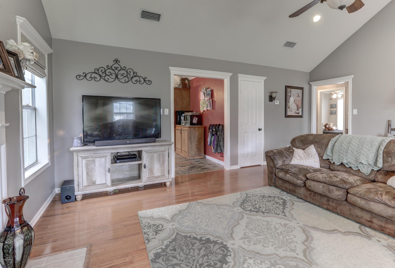134 Kirkwood Lane, Youngsville, LA 70592 Photo #9