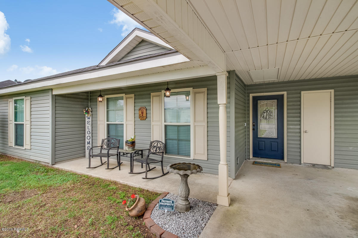 1025 Gary Drive, Breaux Bridge, LA 70517