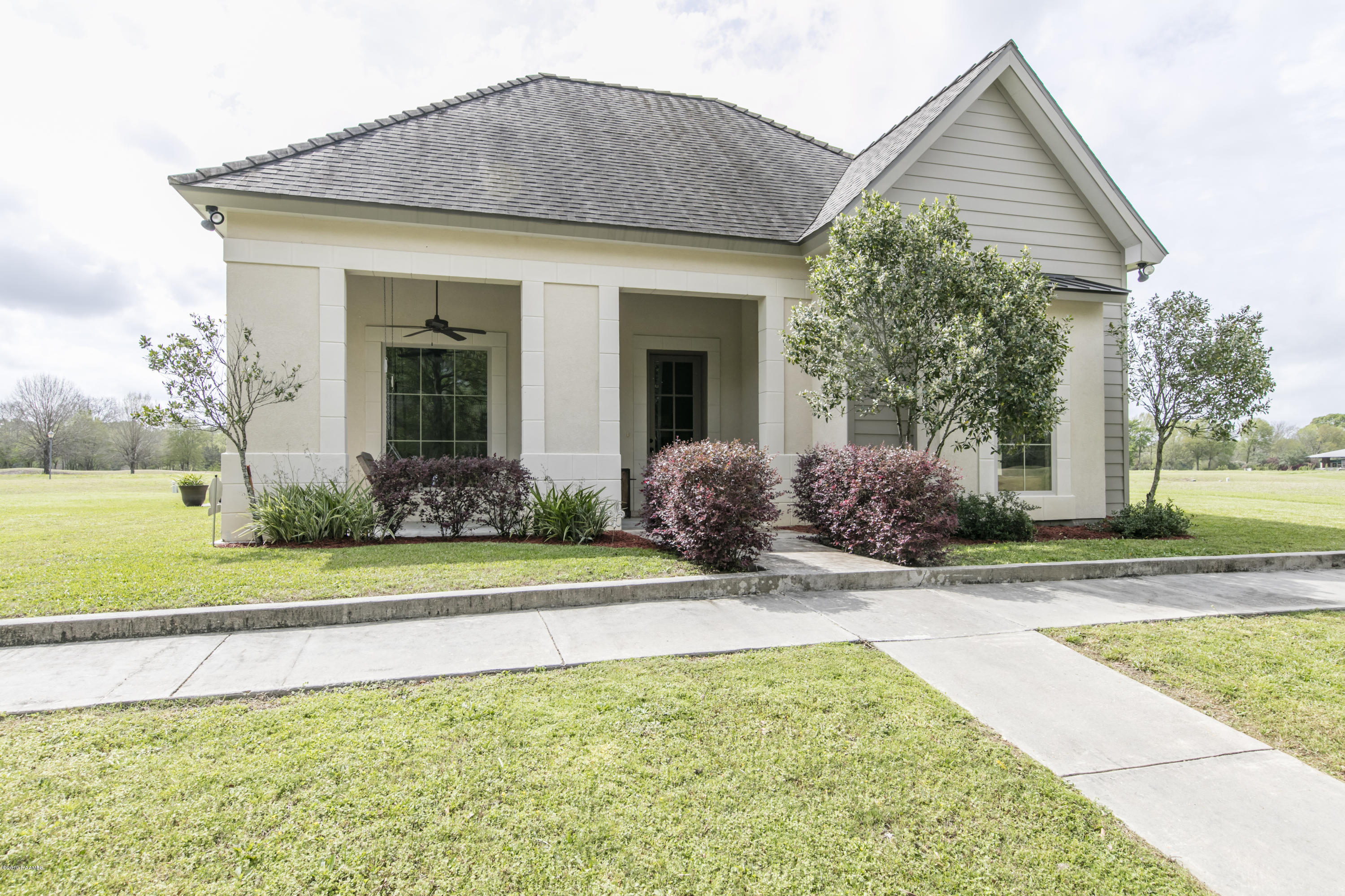 115 Wateredge Circle, Carencro, LA 70520