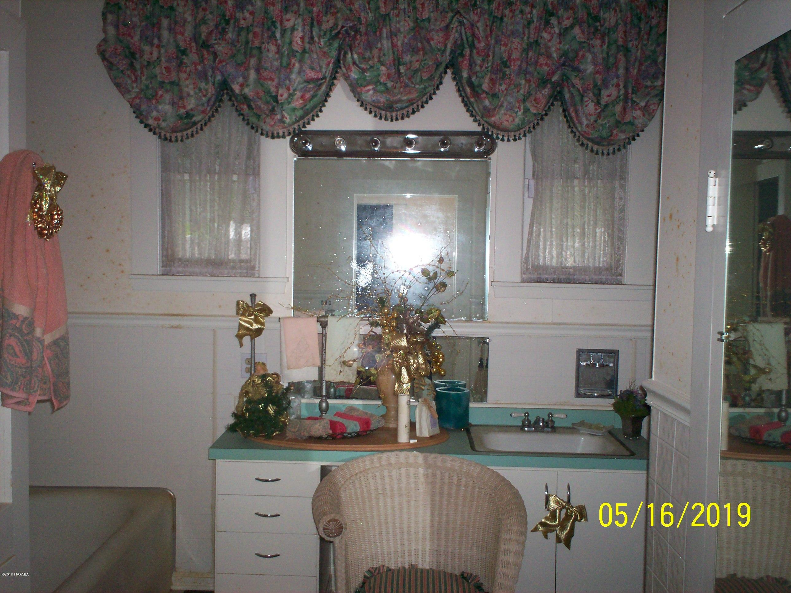 212 Washington Street, St. Martinville, LA 70582 Photo #6
