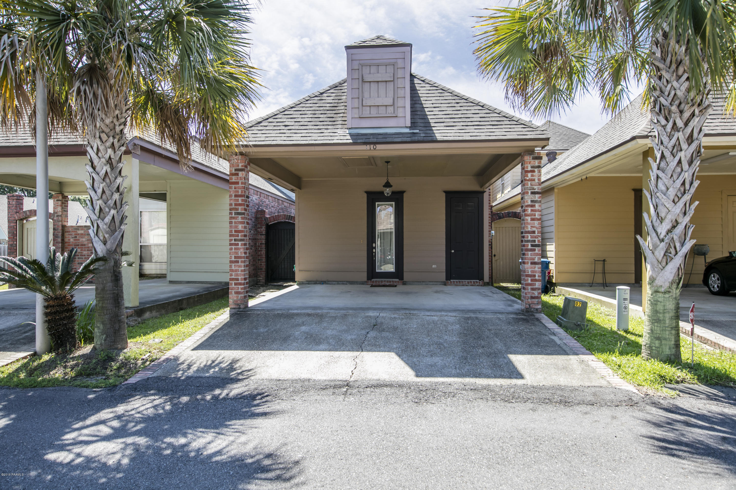110 Coconut Grove Circle, Lafayette, LA 70508 Photo #1
