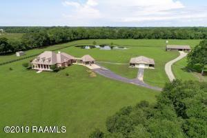 Enjoy the best of gracious country living on a beautiful 19-acre estate.